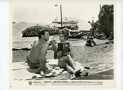 ISLAND OF LOVE Original Movie Still 8x10 Robert Preston Georgia Moll 1963 2274
