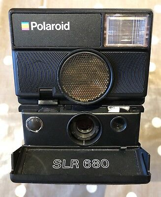 Polaroid SLR 680. Working. Very Good Condition.