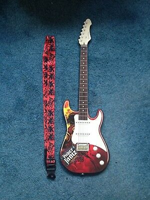Paper Jamz Guitar toy (Wow Wee Series I - Style 2) Good condition 99p