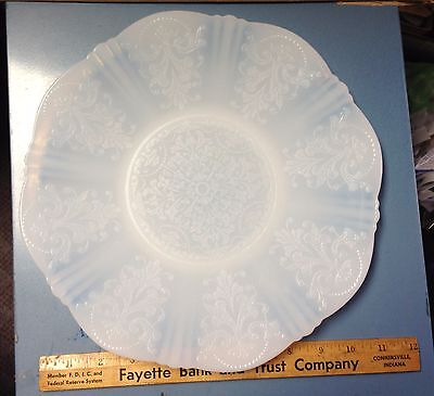 "Vintage American Sweetheart Depression 11"" Monax Platter"