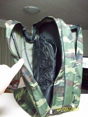AsNew M&F Western Products camo boot bag