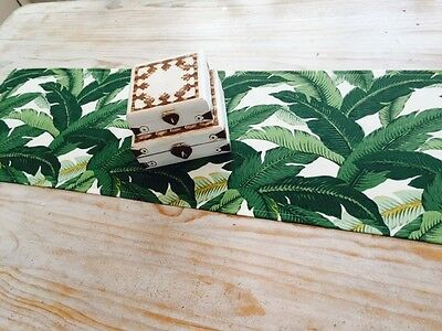 **STUNNING NEW INDOOR/OUTDOOR TOMMY BAHAMA SWAYING PALMS TABLE RUNNER 135cm**