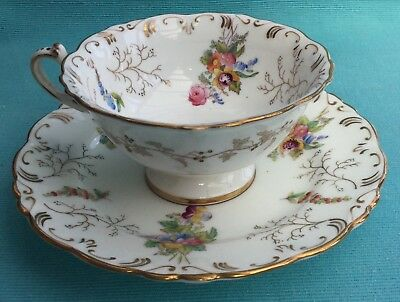 Stunning Coalport seaweed and flowers cabinet cup and saucer pattern 2708 circa