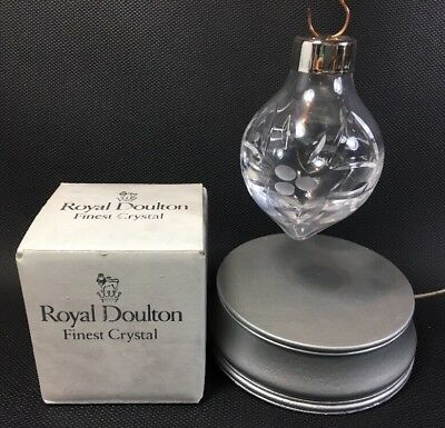 Royal Doulton Crystal 1993 Crystal Tear Drop Holly Pattern Christmas Ornament M