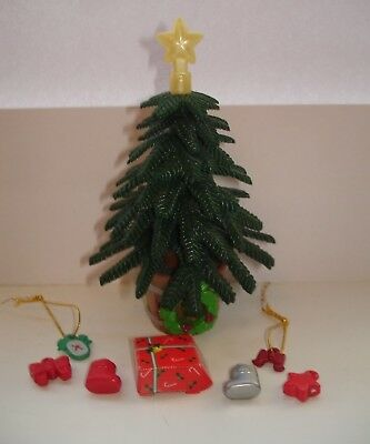 Sylvanian Families Christmas Tree with Original Accessories & Present Box