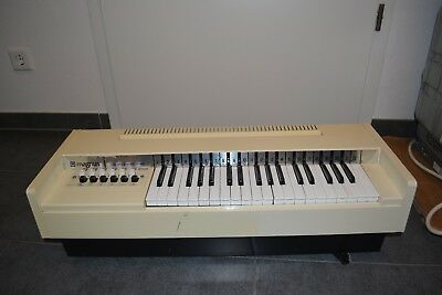 MAGNUS Electric Chord Organ TYP 468