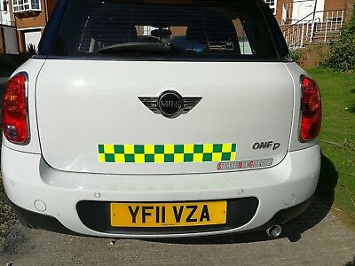 MAGNETIC  Battenberg Battenburg MAGNET Yellow Green Ambulance Paramedic 620mm