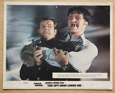 082 The Spy Who Loved Me 1977 British Front Of House Lobby Card James Bond 01