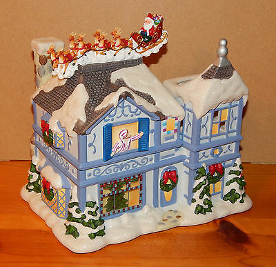 PartyLite P8651 The Night Before Christmas Musical Tea Light House