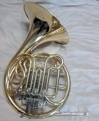 Yamaha YHR 567 Double French Horn--Intermediate--w/ Case & Mouthpiece