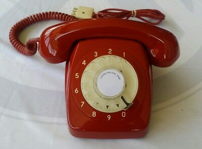 (Like New) 1966 Stc Lacquer Red  Vintage Retro Antique Dial Telephone