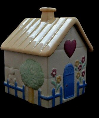 SPRINGTIME COTTAGE HEART HOUSE~Quality Ceramic Cookie Jar By Treasure Craft 1987