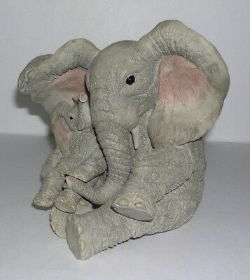 Large Country Artists Elephant Tuskers Sally Shading Baby 90798  V-Hard To Find