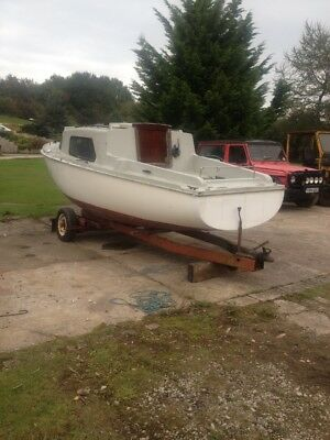 Sail Boat 18 foot with trailer