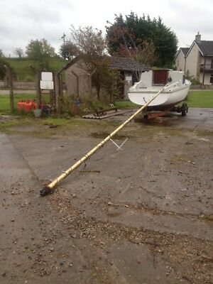 Sail Boat 23 foot 6 inch Mast and sails etc etc