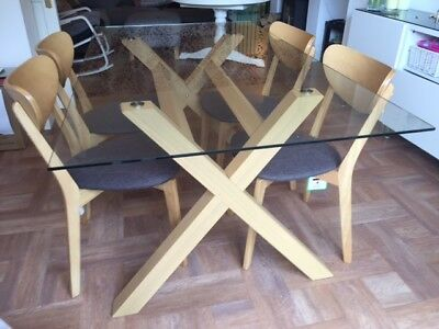 Dining Table and Chair Set. Glass Table + 4 Oak Chairs. Can seat up to Six.