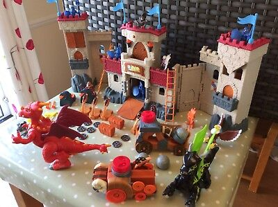 Imaginext Castle In Box With 2 Dragons, Battering Ram, Eagle, Catapult & 10 Men.