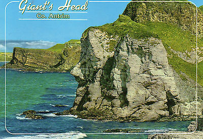 postcard Ireland  Giant's head co Antrim   posted  Hinde