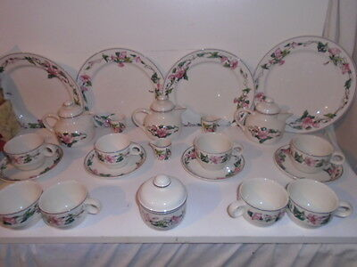 Villeroy & Boch Palermo Pink Morning Glory  Vine Job Lot  23 Pieces