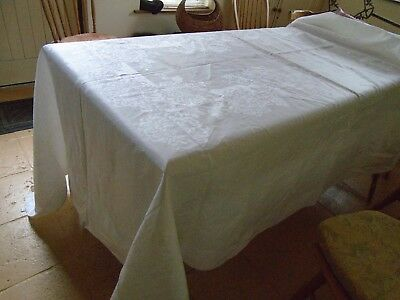 Unused Vintage Irish Linen Damask Tablecloth - 72 X 112 Inches  - Flower Heads