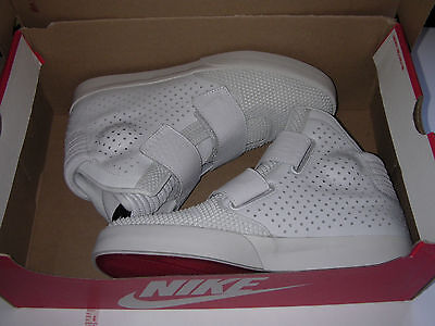 Nike Flystepper 2K3 Premium - Light Grey - Size UK 9