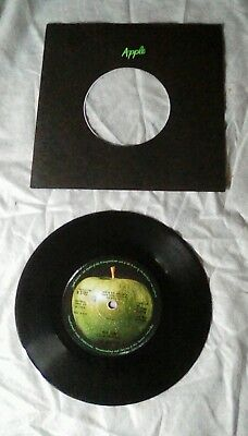 "The Beatles. Hey Jude /Revolution. 7"" Vinyl Single. Near Mint"