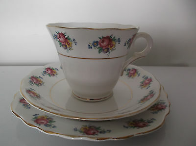 Vintage 1940's Colclough Bone China Trio - Cup, Saucer, & Plate