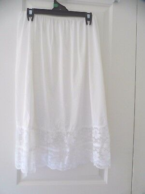 Womens Lace Trimmed Half Slip Size 20 Worn Once