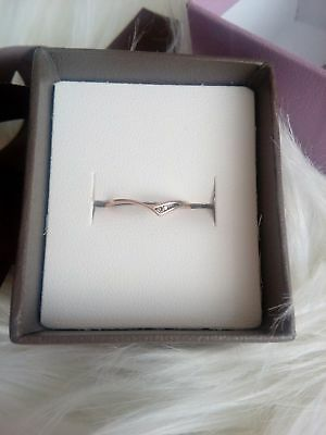 gold elegant ring with real diamond