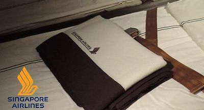 Singapore Airlines First Class Blanket *airline merchandise memorabilia*