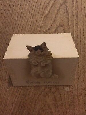 Aged old Greeting Card Cat stand up