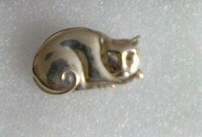 Large 925 silver sleeping cat pin brooch - 5g