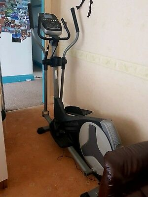 Nordictrack 9.2 Cross Trainer elliptical with iFit module