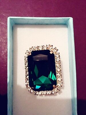 Emerald Looking Ring