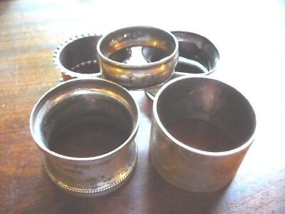 Assorted solid silver napkin rings. (118.9g)