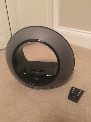 JBL Radial Speaker & Charging Docking Station for iPods and iPhones 30-pin