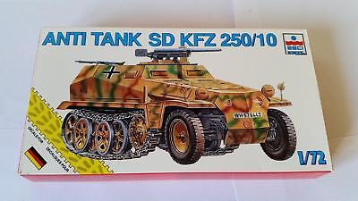 Esci 8373 German Sd.Kfz. 250/10 Armoured Vehicle Wehrmacht Half Track Infantry