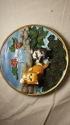 "Decorative 3D Cat Collector Plate~Ceramic 6"" Diam~ 2 Cats Playing in Pond"