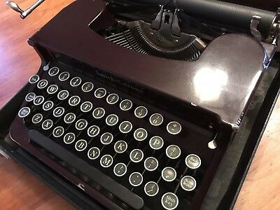 1939 Smith Corona Sterling Silent Portable Manual Typewriter. Rare Burgundy.
