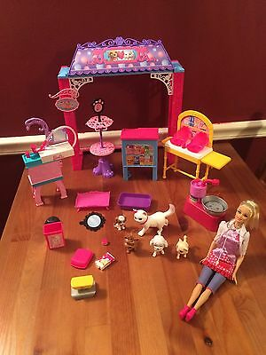 Rare Lot Large Barbie Vet Center Doll Accessories Animals Furniture Sinks Work!