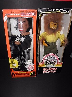 Telco Universal Monsters Wolfman and Dracula 18'' Motionettes Light & Sound