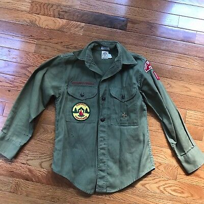 Vintage green Boy Scouts of America heavy cotton Shirt long Sleeve with Patches