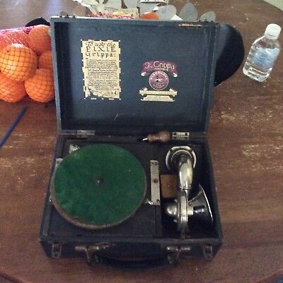 Pixie gripper 1920s wind up children's gramophone