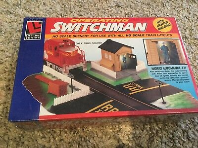 ho scale building - Operating Switchman
