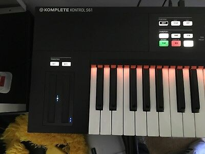 Native Instruments Komplete Kontrol MK1 Keyboard Controller