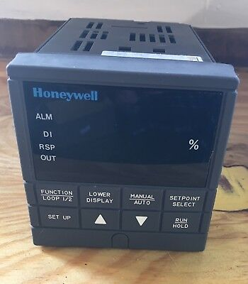 Honeywell UDC300 Temperature Controller