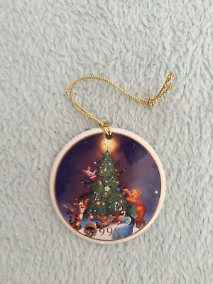 1998 dated Winnie the Pooh Christmas Bauble