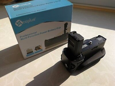 Multi Function Power and Battery Grip for Sony A7 (Coplus)