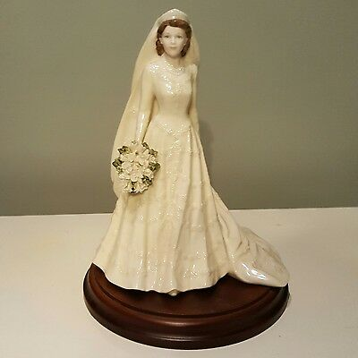 Coalport 'The Queen' Ltd Ed. figurine from the Royal bride collection