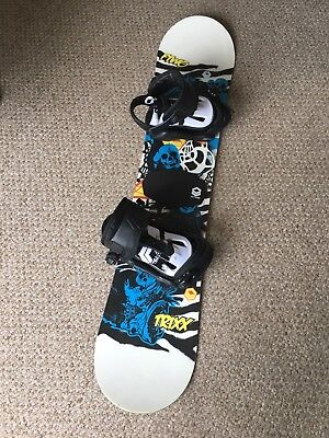 Kids 1.2m Snowboard and Bindings, only used 8 times, excellent condition